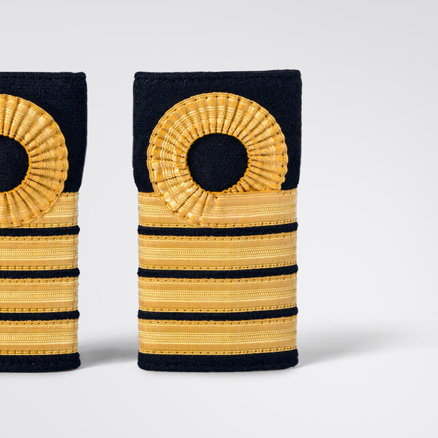 ScanEpaulets 4 gold stripes & circle
